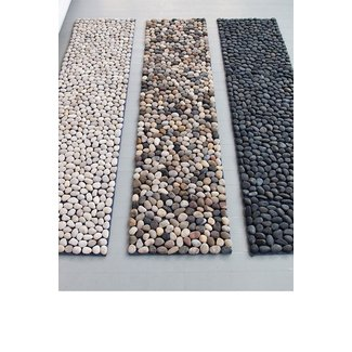 Pebble shower mat 2