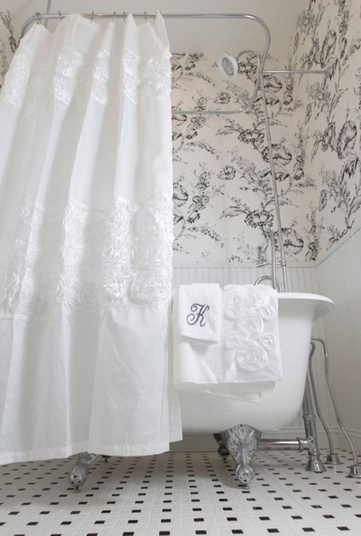 Merveilleux Cottage Victorian Shower Curtain 5