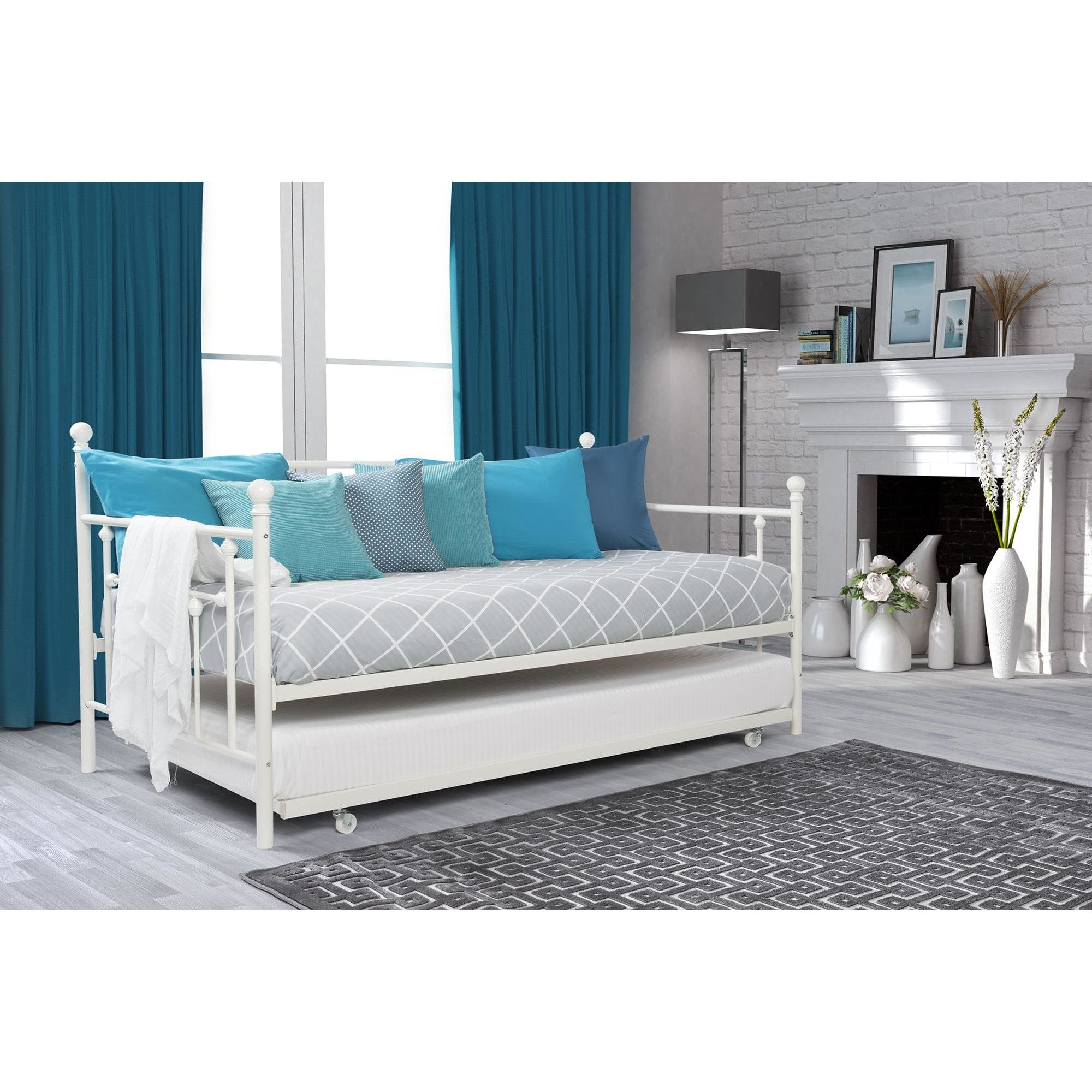 Manila Daybed with Trundle