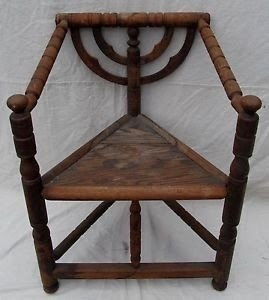 Charmant Important 19th Century Pilgrim Century Carved Corner Chair Must See