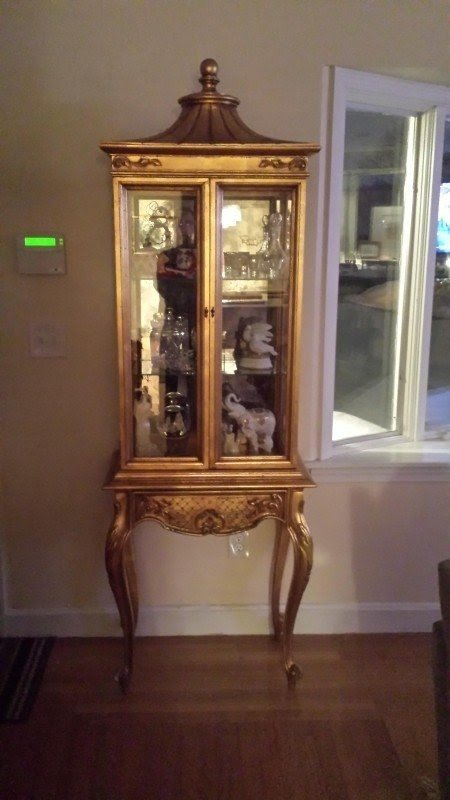 Antique Gold Curio Cabinet Antique Appraisal Instappraisal