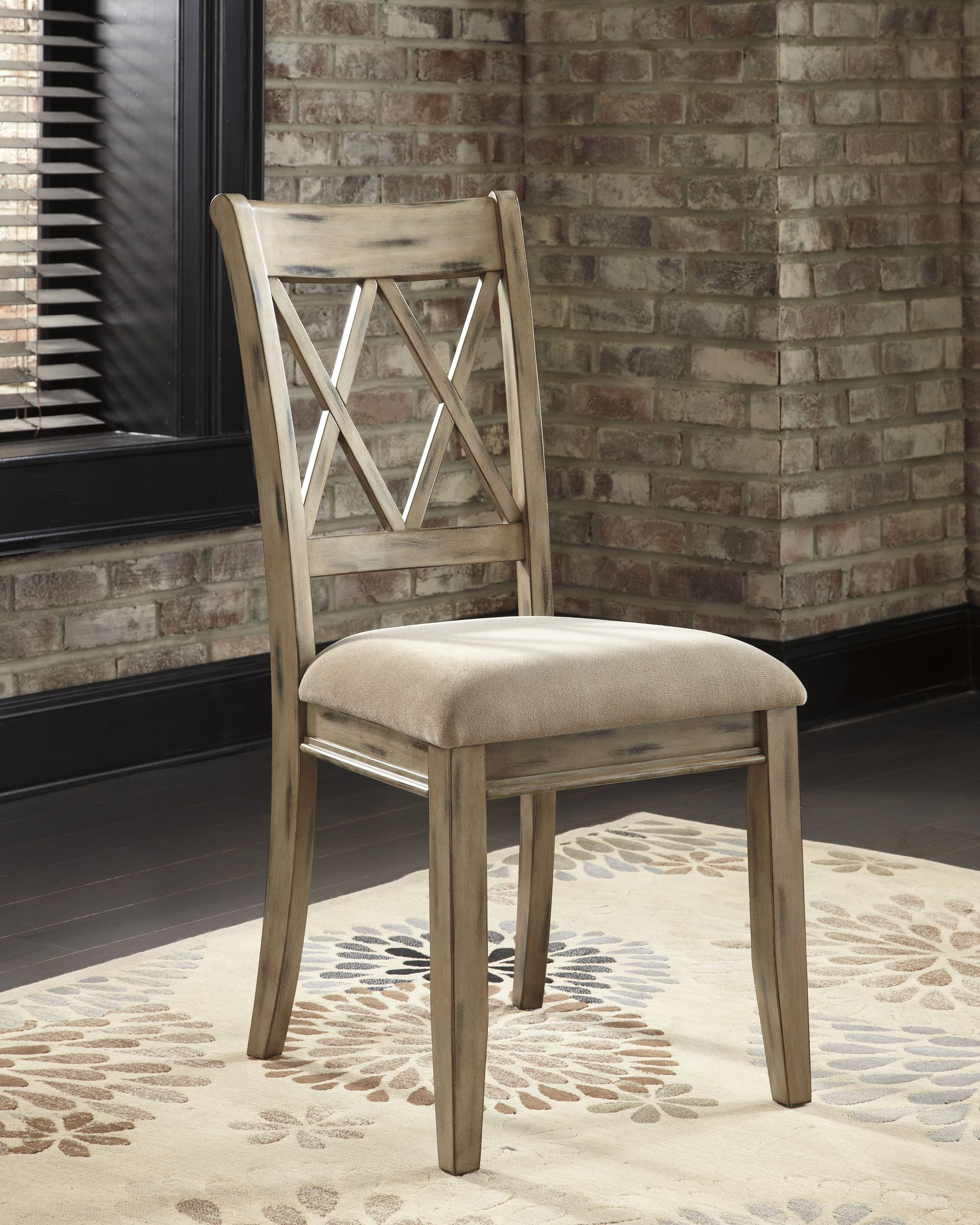 Mestler Side Chair In Antique White (Set Of 2)