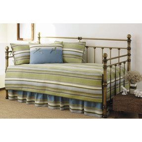 Fresno 5 Piece Daybed Quilt Set in Green