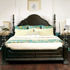 Monarch Bed