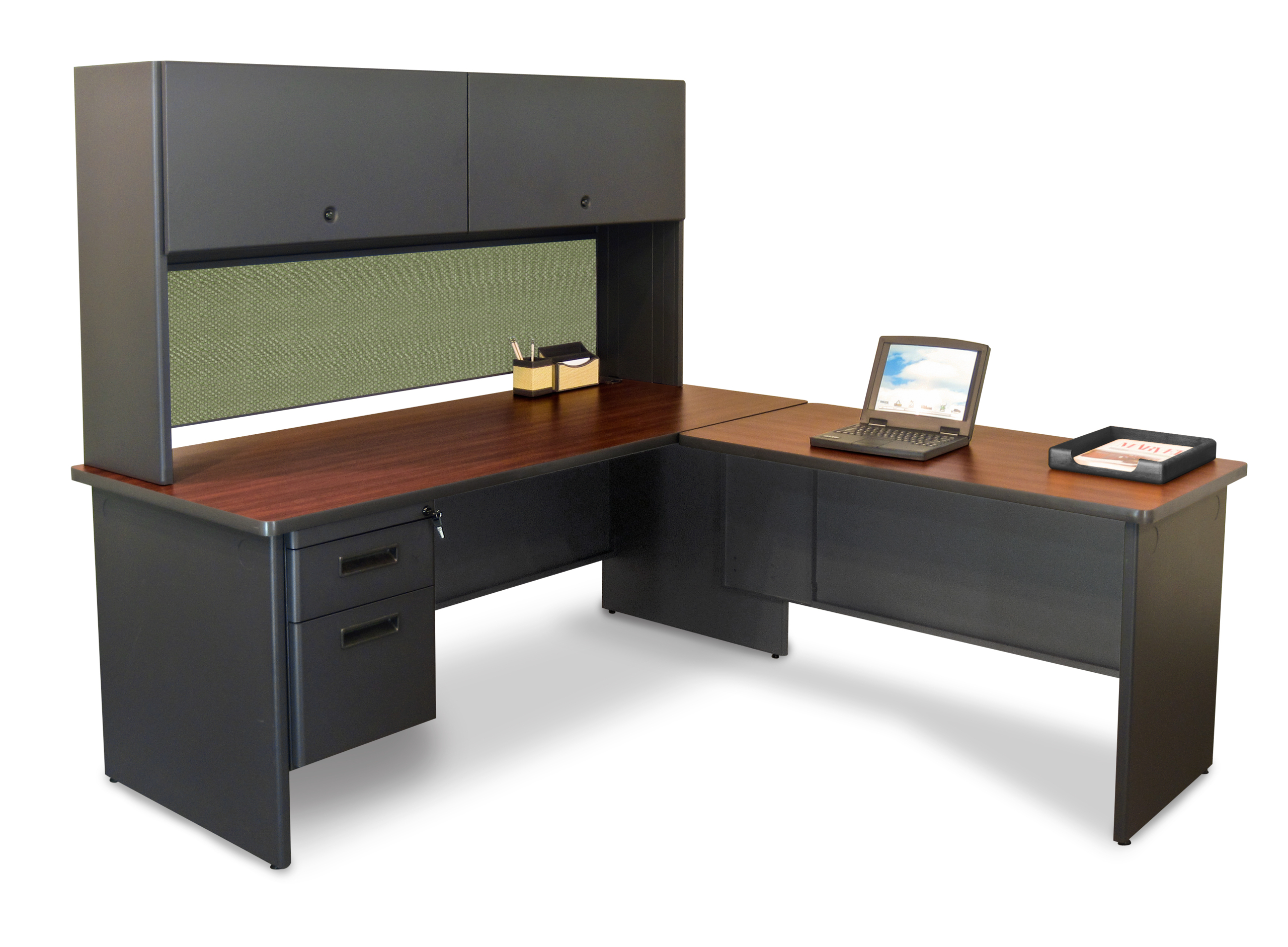 Pronto Executive Desk with Return