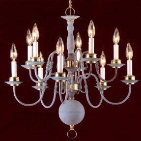 Classic Williamsburgs 10 Light Candle Chandelier