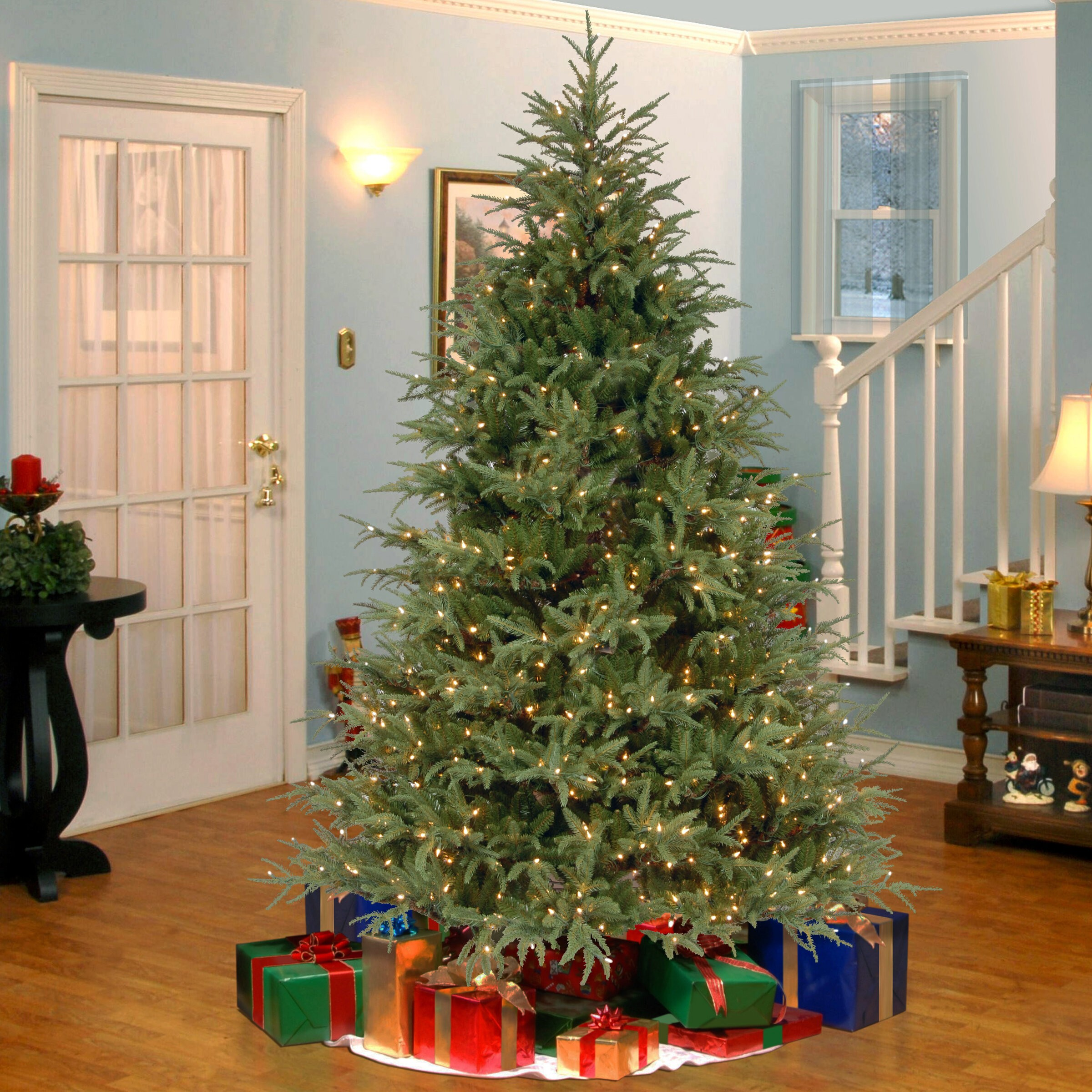 Frasier Grande 7.5' Green Artificial Christmas Tree with 1000 Clear Lights