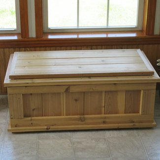 Natural Cedar Woood Outdoor Storage Bench