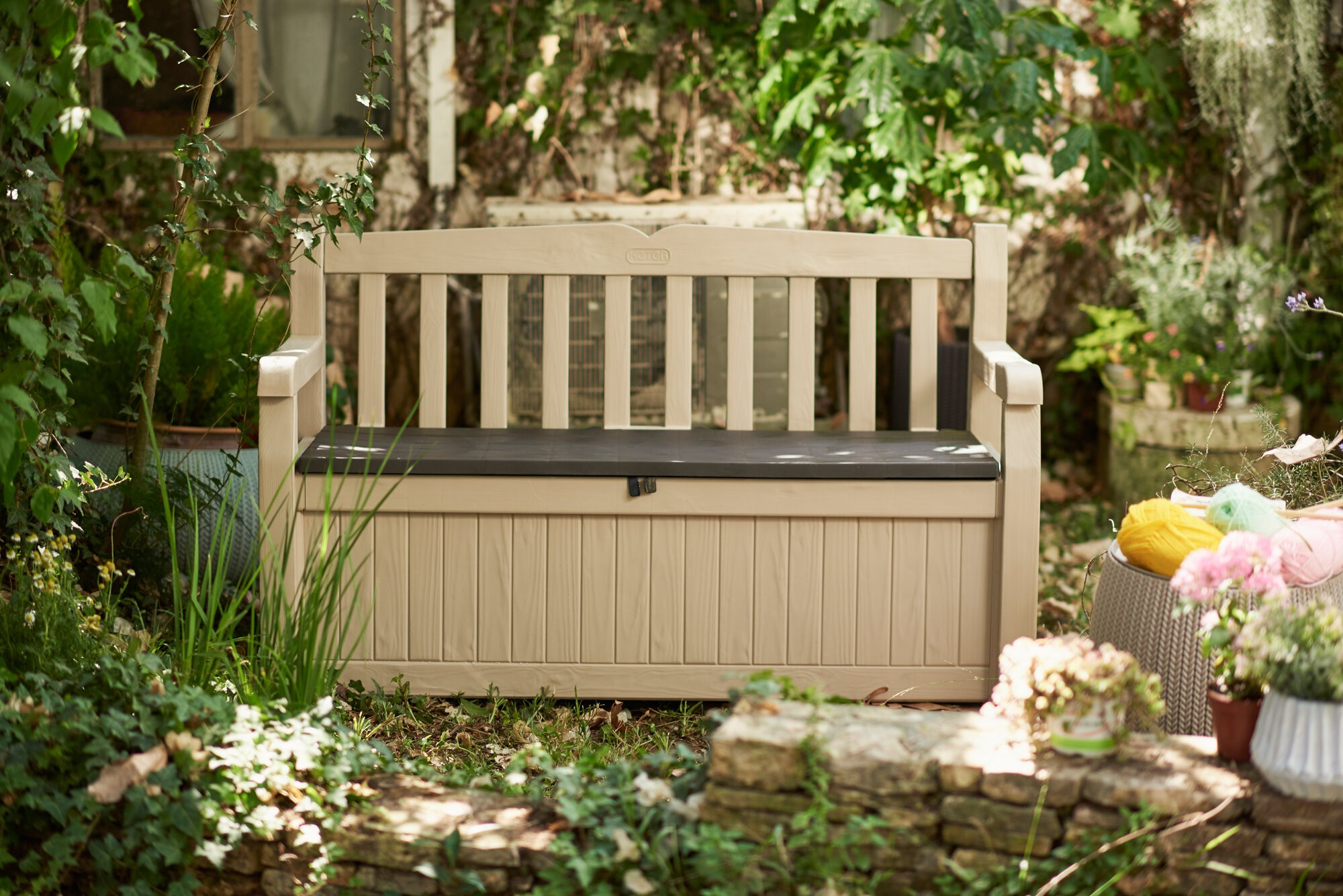 Superieur Solid Wood All Weather Resin Storage Bench
