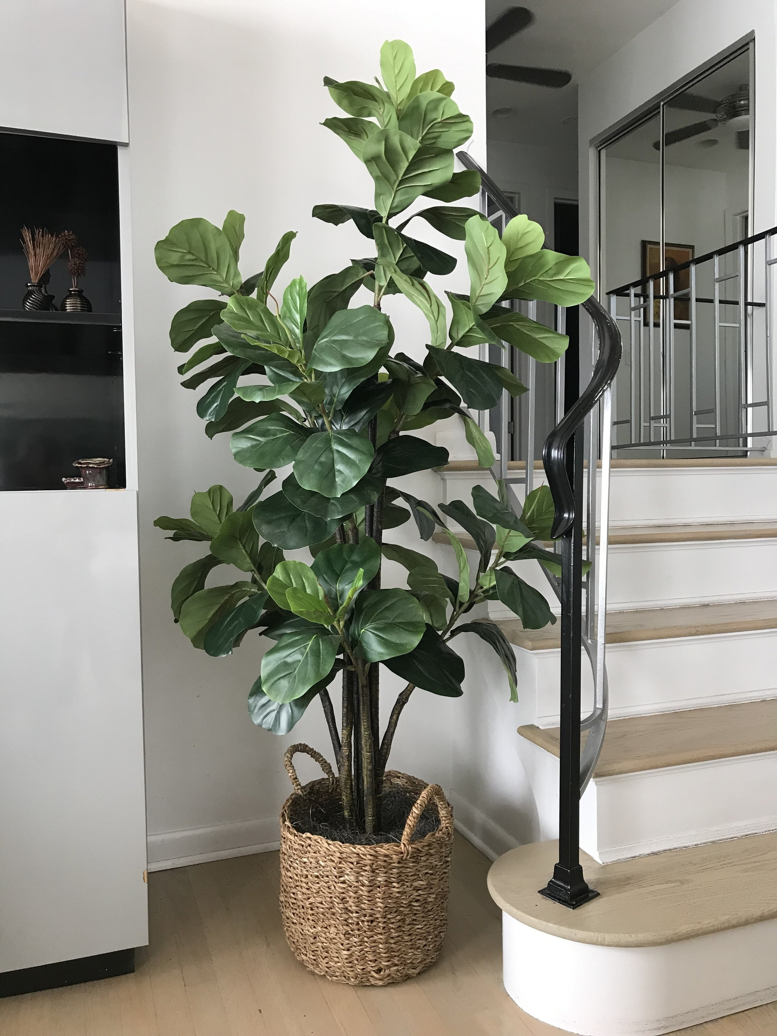 How To Choose A Faux Plant