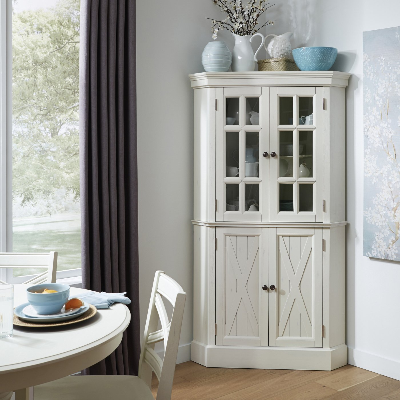 10 Reasons To Spice Up Your Kitchen With A Corner Cabinet Foter
