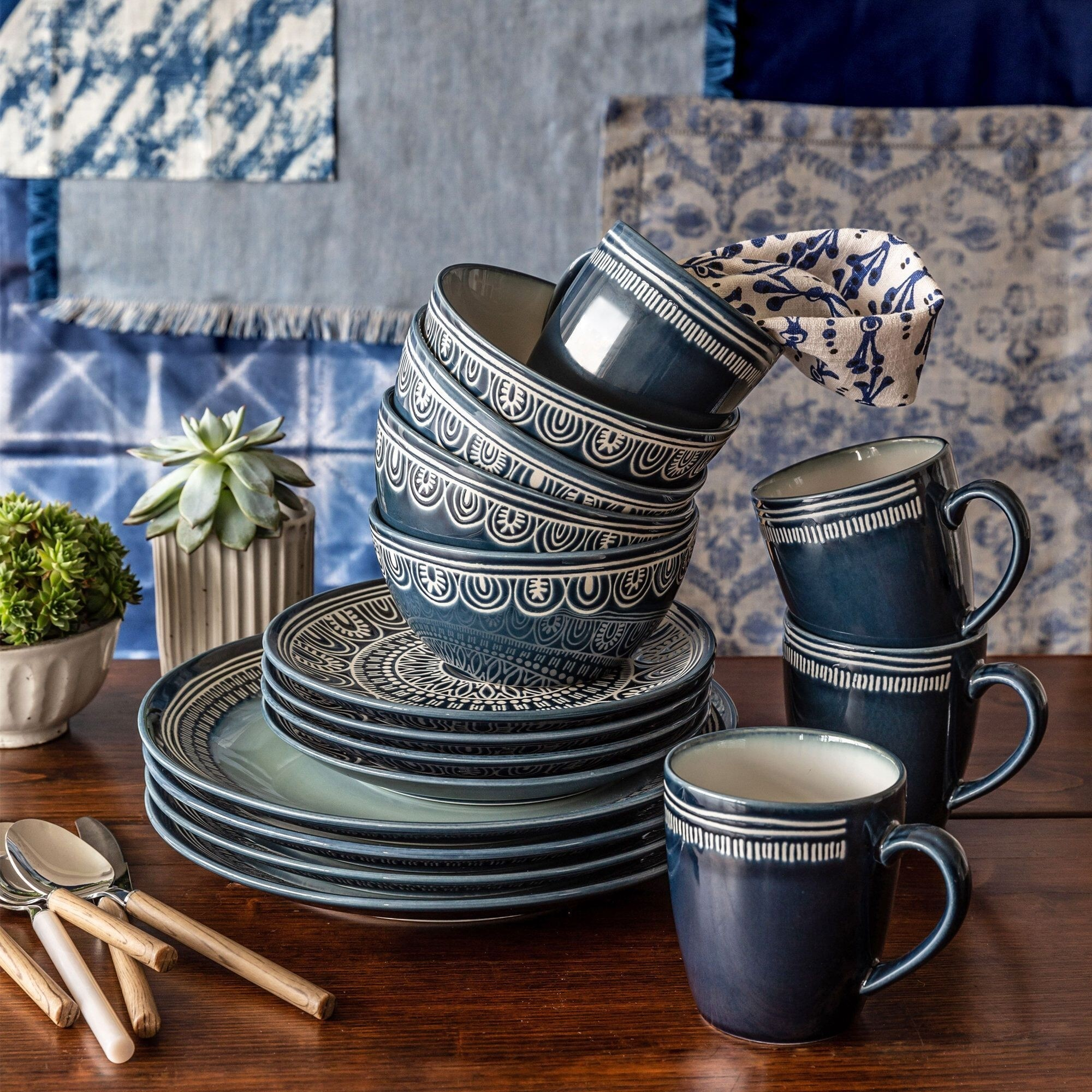 How To Choose A Dinnerware Set