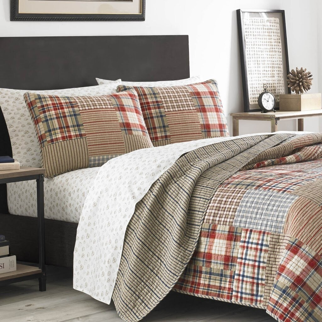 How To Choose Quilts, Coverlets & Sets
