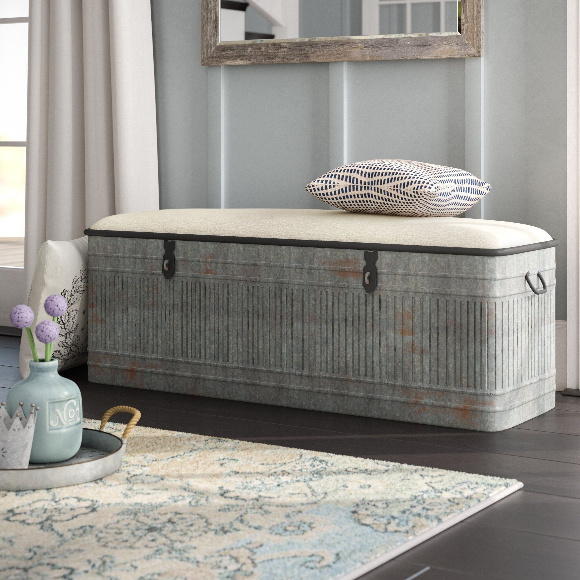 How To Choose A Storage Bench