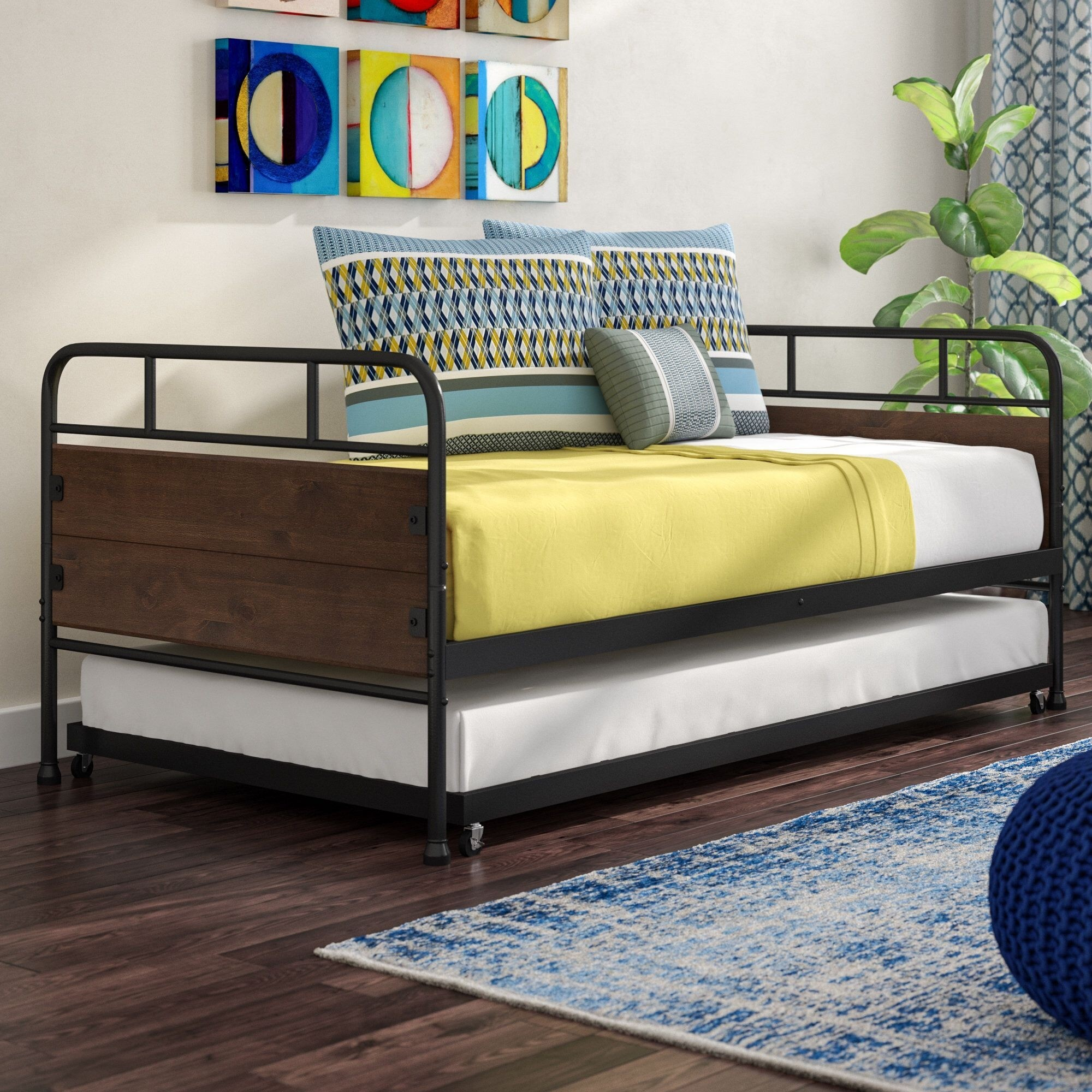 A Daybed With Pop-up Trundle That Will Last Your Forever