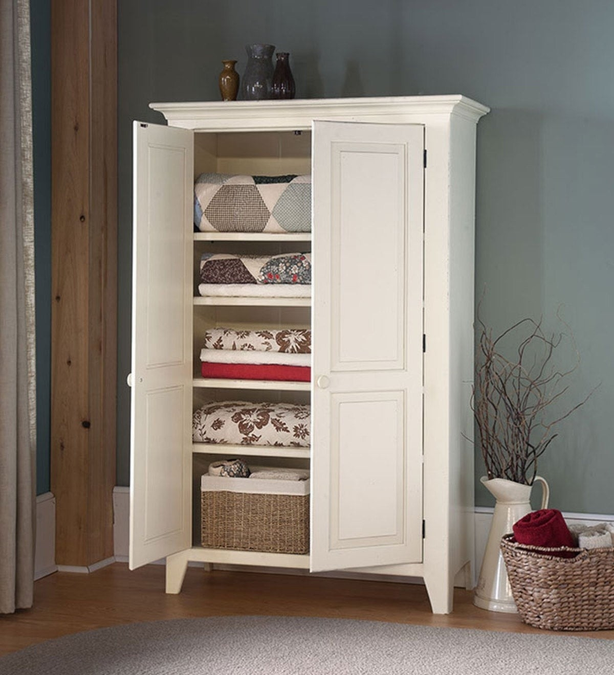 Picture of: Free Standing Linen Cabinets Ideas On Foter