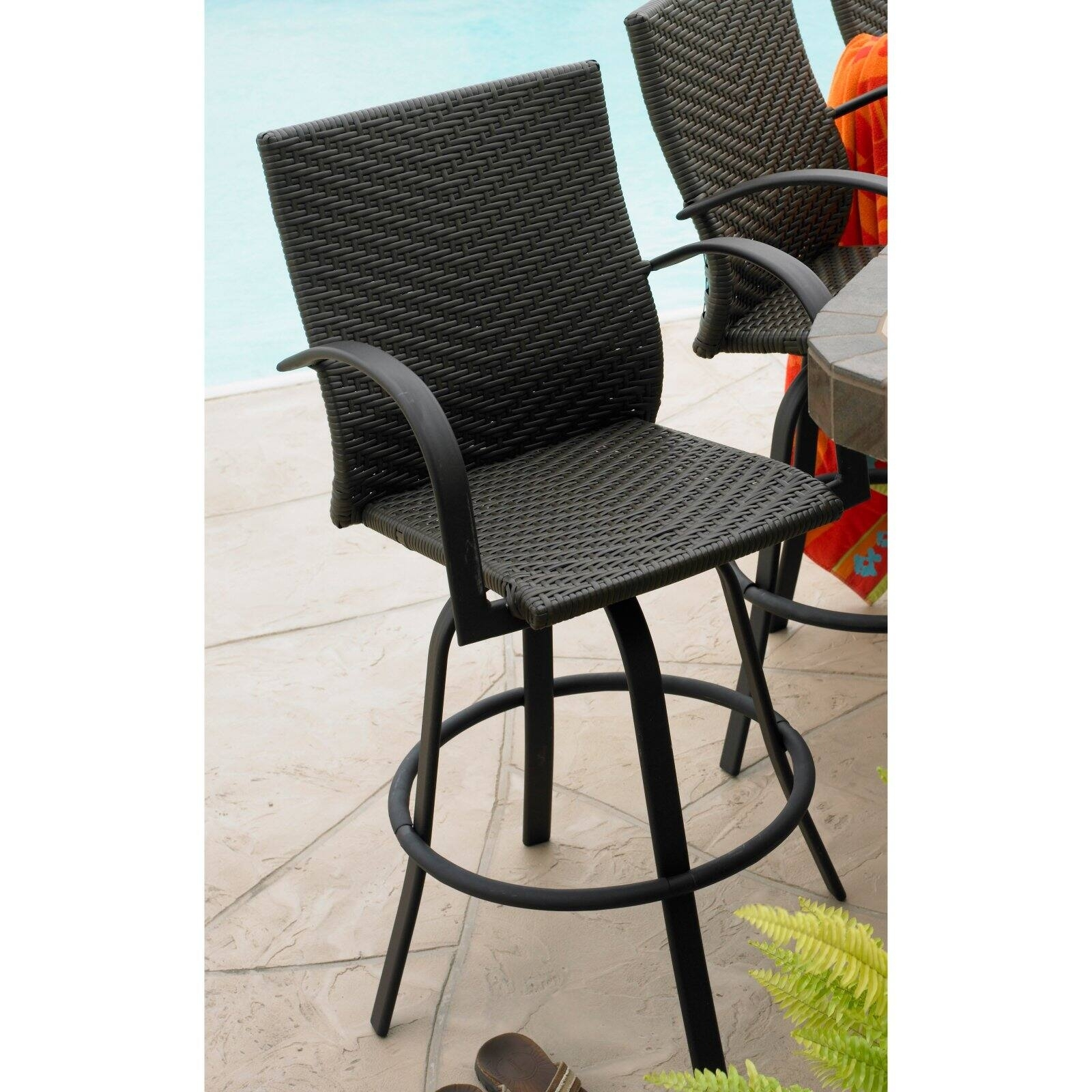 Image of: Outdoor Swivel Bar Stools Ideas On Foter