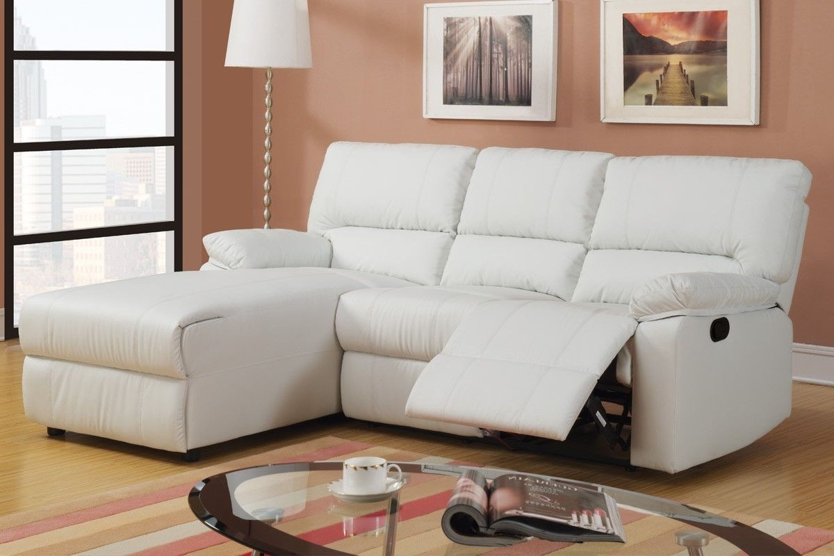 Picture of: Sectional Sofa With Chaise And Recliner Ideas On Foter