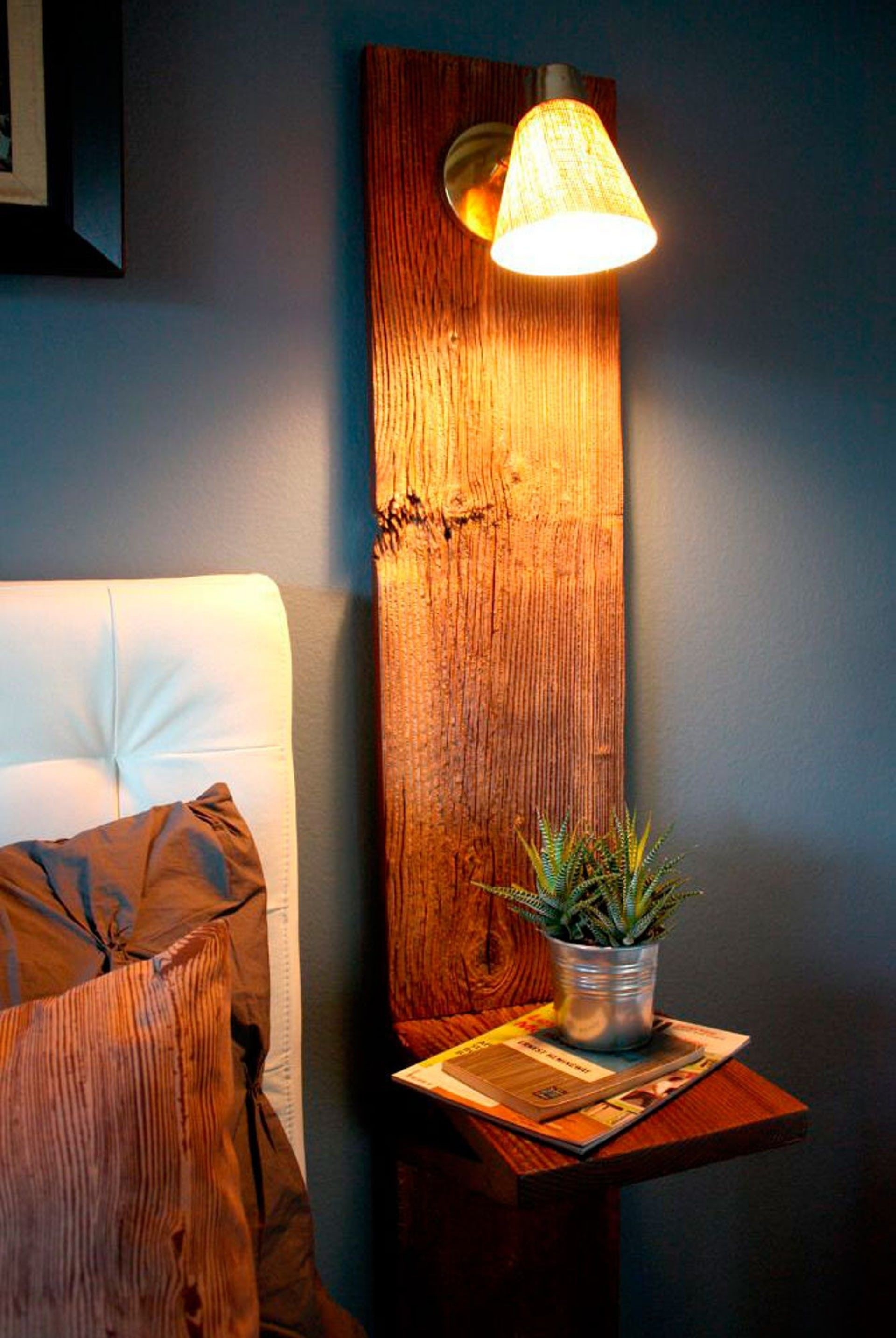 Image of: Wall Mounted Bedside Lights Ideas On Foter
